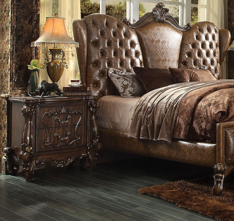 versailles 6 piece traditional bedroom set in cherry oak finish by acme 21100