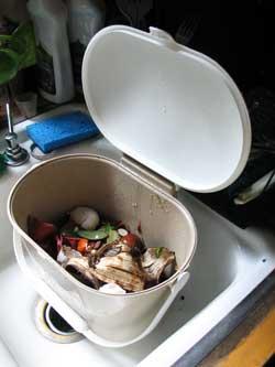 kitchen food pail