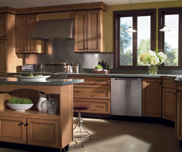 Light Maple Cabinets with Glaze - Homecrest Cabinetry on Maple Cabinets  id=36709