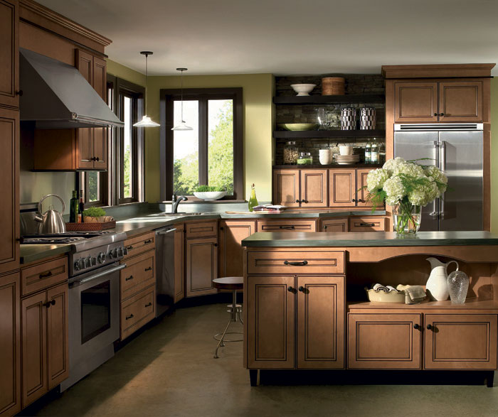 Light Maple Cabinets with Glaze - Homecrest Cabinetry on Maple Cabinets  id=87585