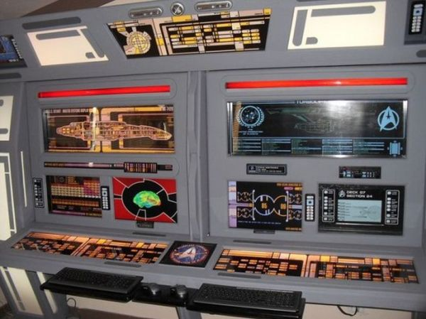 Steve Nighteagle's Star Trek themed house is surely cool ...