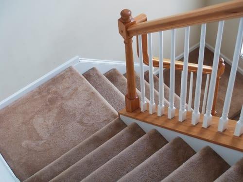 Kwantum Vloeren Vinyl : Wat kost trap bekleden bij kwantum goedkope meubels