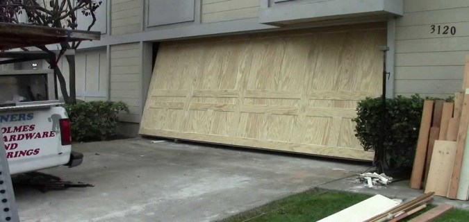 3 Tips to Weatherproof Your Garage Door   Home Decorators Promo Code Encino