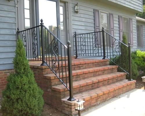 Decorative Outdoor Handrails To Add The Beauty Of The Stairs | Simple Handrail For Outside Steps | Wrought Iron Railing | Concrete Steps | Wood | Deck Railing | Stair Railings