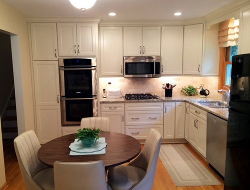 Easy Tips for Remodeling Small L-Shaped Kitchen - Home ... on Small:_Tken7Avcza= Kitchen Renovation Ideas  id=61293