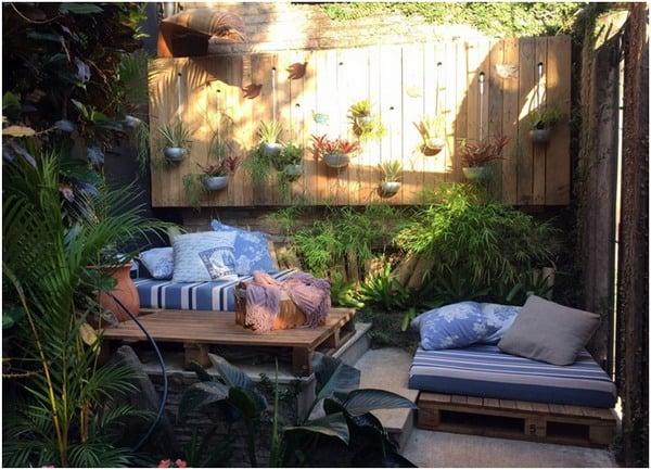 Rustic garden small backyard design