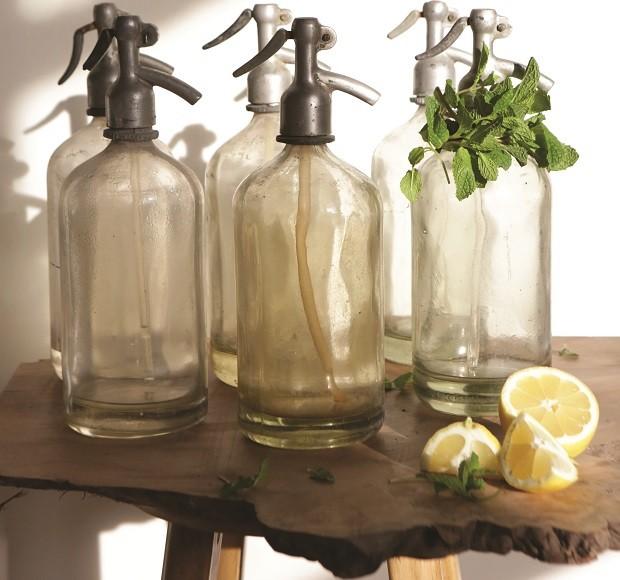 vintage-seltzer-bottles_1