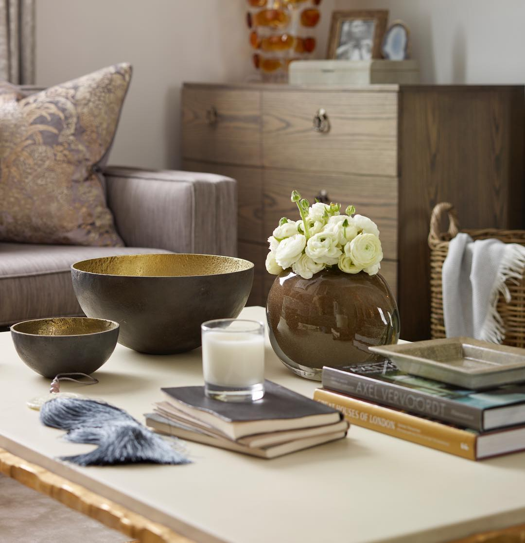 What You Should Do To Find Out About Refinishing Coffee Table Ideas Before Youre Left Behind