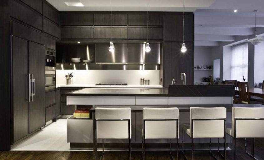 The Difference Between Modern and Contemporary Kitchens ... on Images Of Modern Kitchens  id=73679