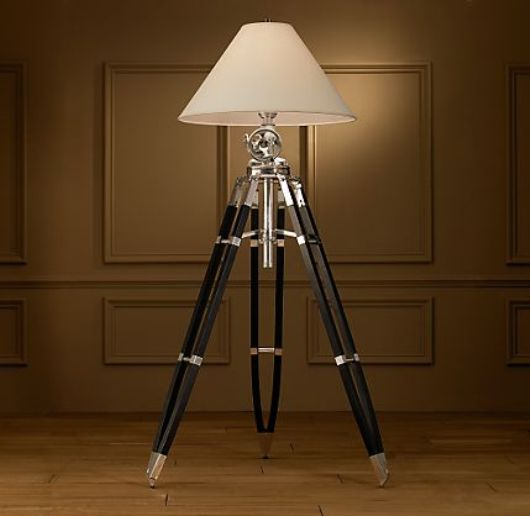 royal marine tripod 1 lighting