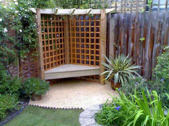 23 Easy-to-Make Ideas Building a Small Backyard Seating ... on Back Garden Seating Area Ideas  id=26114