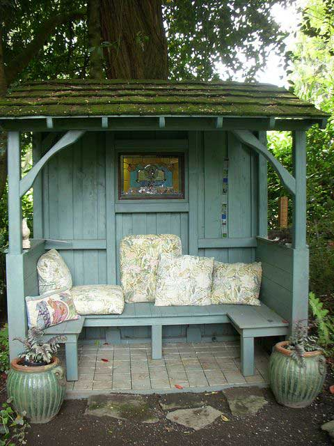 23 Easy-to-Make Ideas Building a Small Backyard Seating ... on Back Garden Seating Area Ideas id=31580