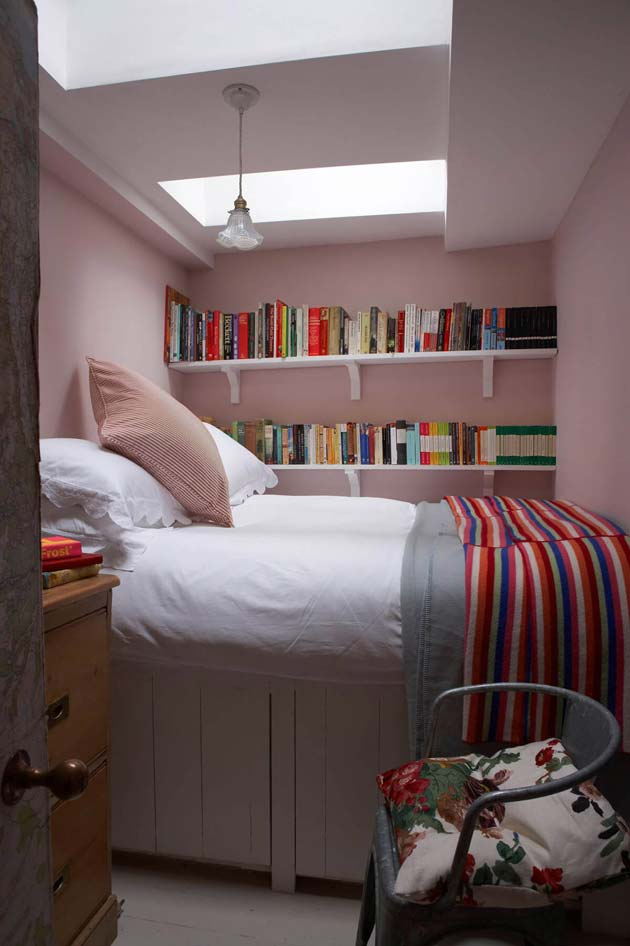31 Small Space Ideas to Maximize Your Tiny Bedroom ... on Bedroom Ideas For Small Spaces  id=74738