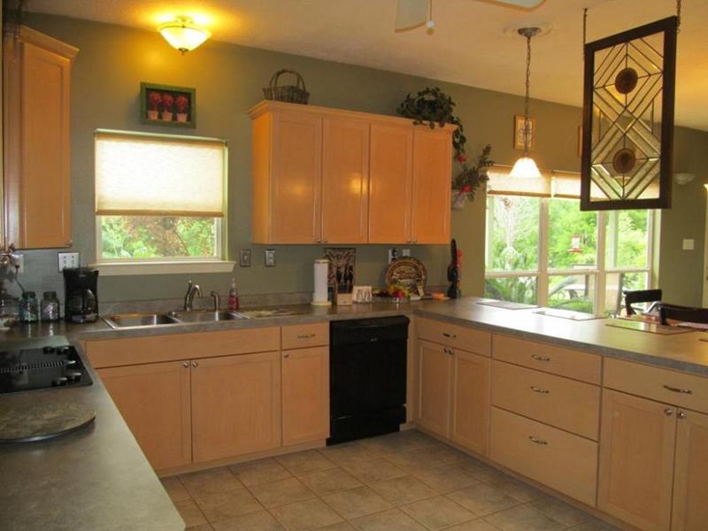 U Style Kitchen Layout