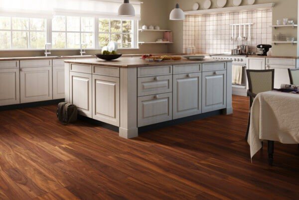 Laminate flooring in the kitchen pros cons options - Laminate flooring pros and cons ...