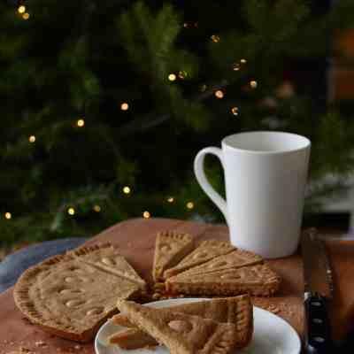 Gran's 3-Ingredient Scottish Shortbread Petticoat Tails Recipe
