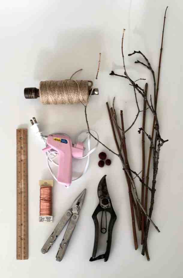 SO cute! This tutorial for how to make twig reindeer is perfect for a fun Christmas craft. Use these DIY twig reindeer to decorate your mantle this holiday season! #twigreindeer #stickreindeer #DIYreindeer #reindeer