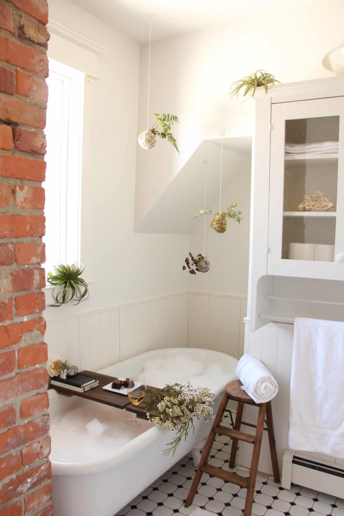 DIY Spa Bath: How to Create a Luxury Bubble Bath - Home for the ...