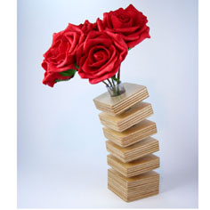 Unusual home accessories: Wooden spring design vase from Mocha