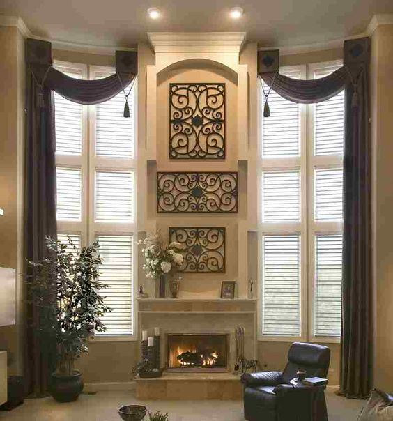 Stylish Window Treatment Idea For Large Windows In Living Room.