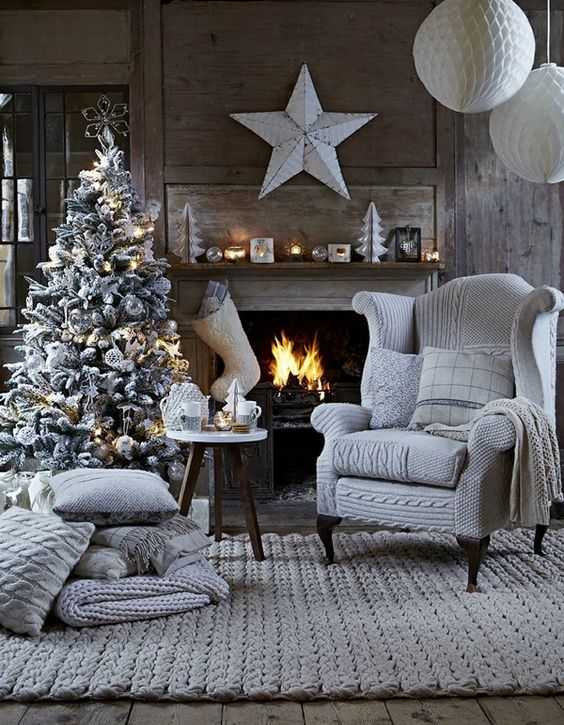 holiday fireplace mantel decorating ideas 7