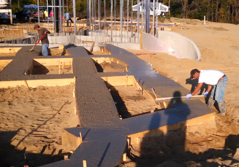 Pouring the Footings - Home in the Earth