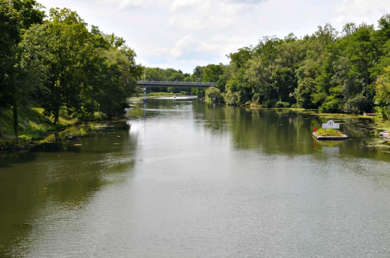 Citaten Seneca Falls : Seneca falls george bailey s it a wonderful life bridge