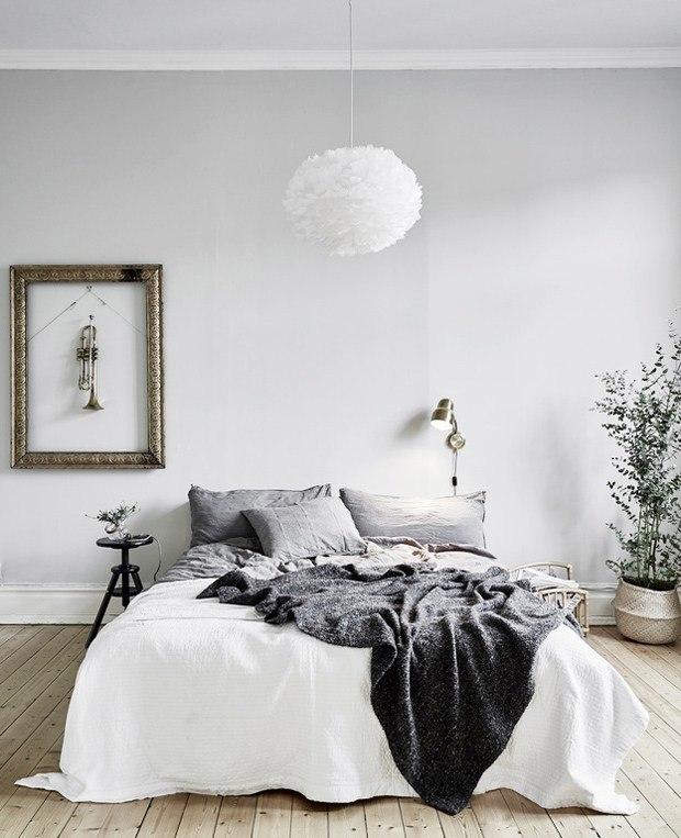 40 Minimalist Bedroom Ideas | Less is More | Homelovr on Minimalist Bedroom  id=22185