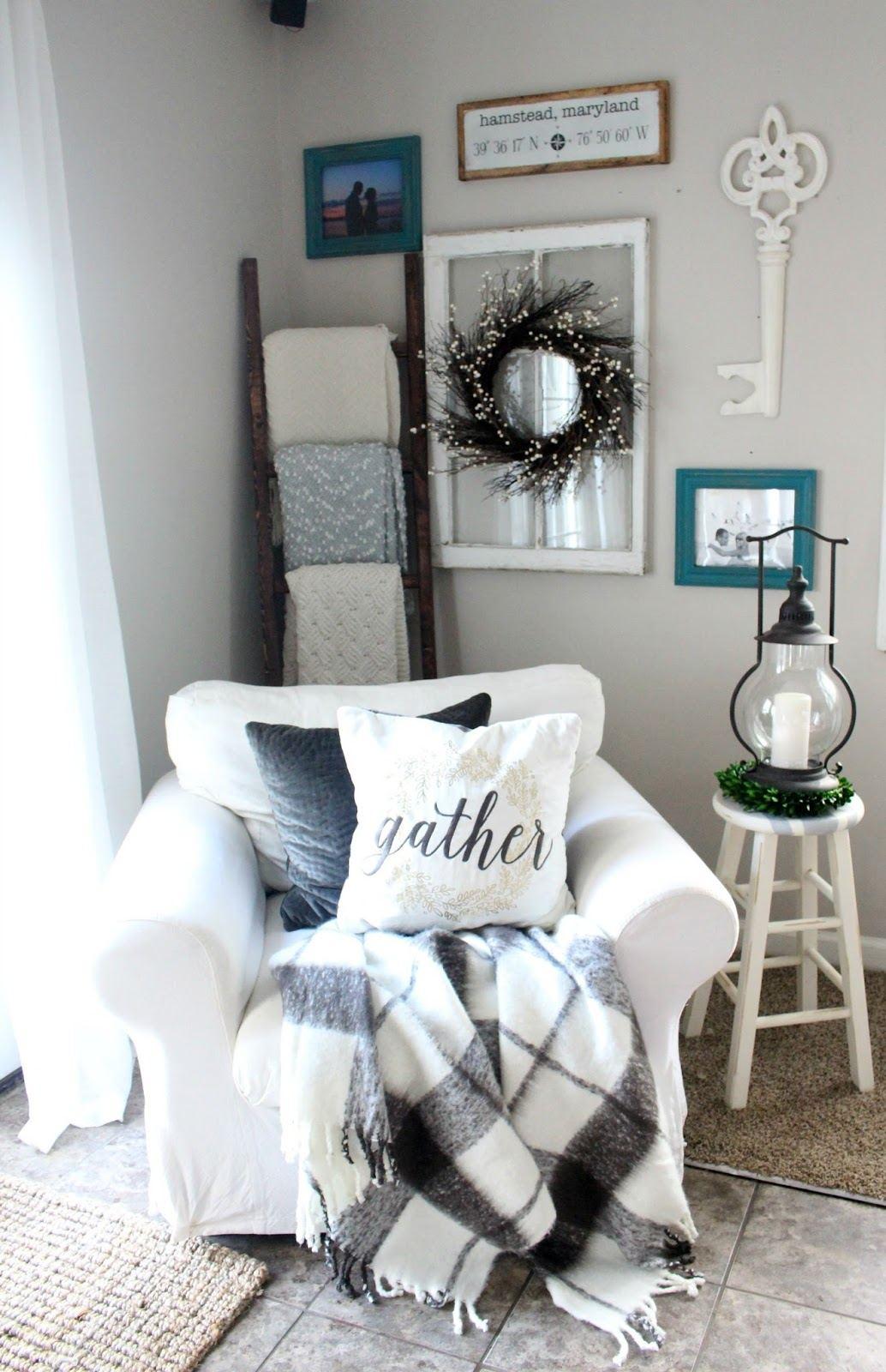 27 Rustic Farmhouse Living Room Decor Ideas for Your Home ... on Farmhouse Style Living Room Curtains  id=43751