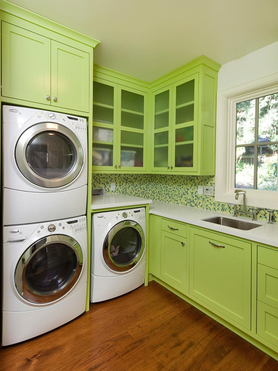 19 fabulous ideas how to add color to your laundry room on paint for laundry room floor ideas images id=95017