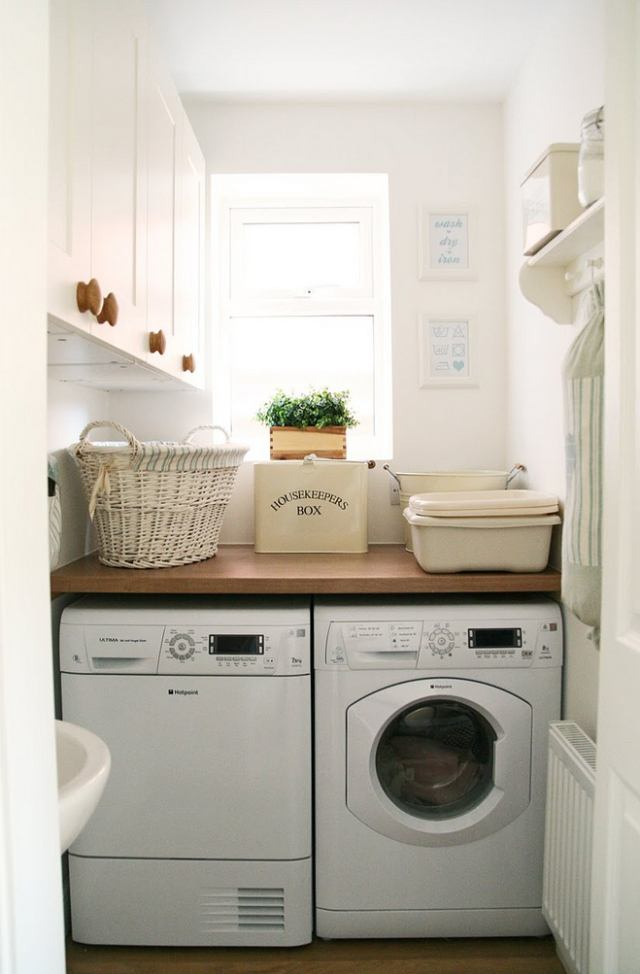 50 Beautiful and Functional Laundry Room Ideas | Homelovr on Small Laundry Ideas  id=86699