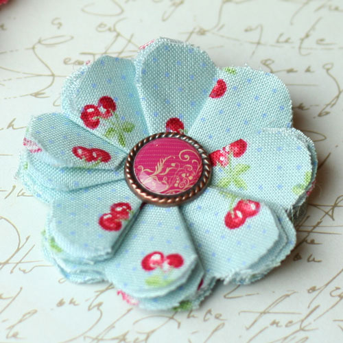 Easy to Make Fabric Flowers DIY Instructions make fabric flowers flat red thumb