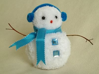 snowman christmas crafts - blue pom pom snowman