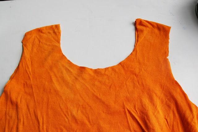 Repurpose an old t-shirt into an adorable DIY trick or treat bag!!