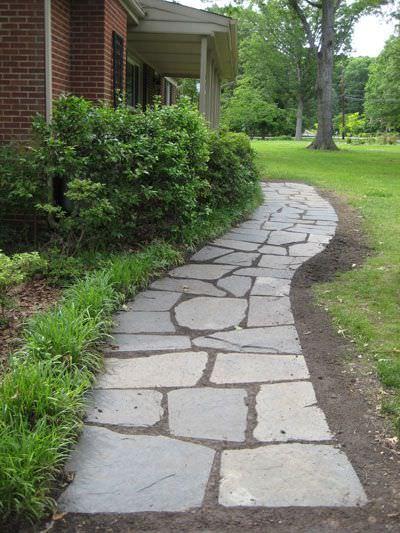 20 Of The World's Most Beautiful DIY Garden Path Ideas on Backyard Walkway Ideas id=69986