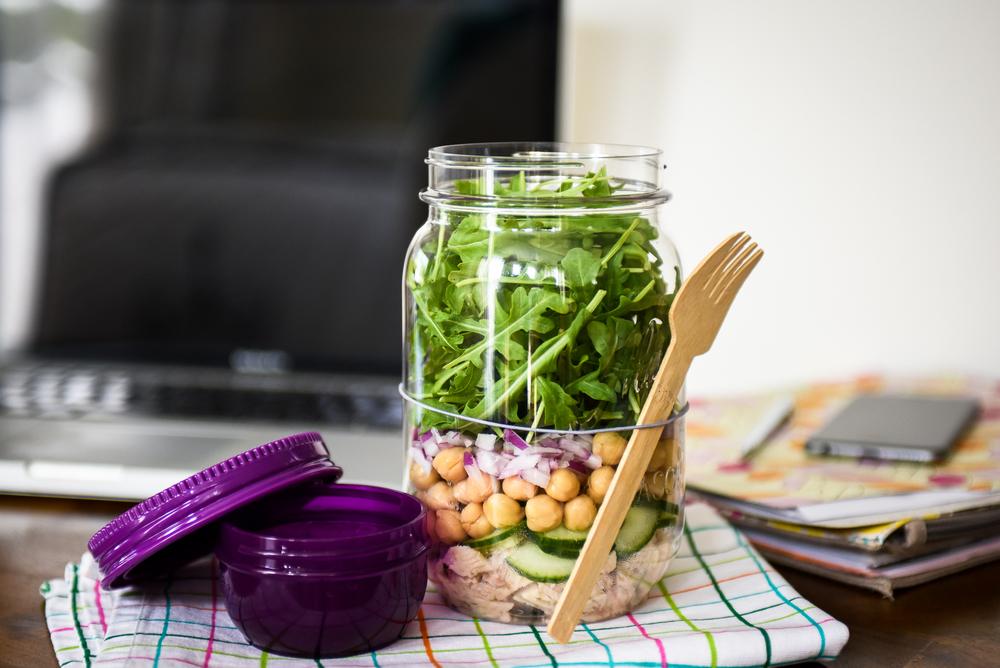 Weekday Lunch: Tuna & Arugula Jar Salad Recipe