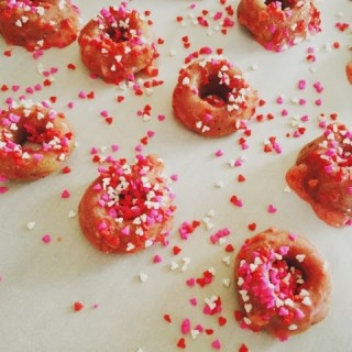 We're all nuts for Baked Berry Donuts