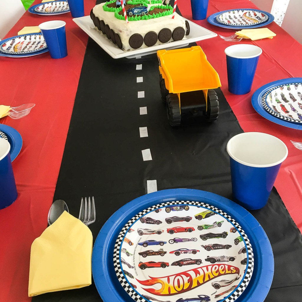Fast And Easy Ideas For An Awesome Race Car Birthday Party