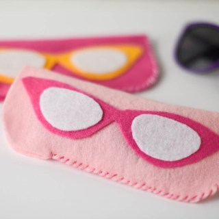 DIY Felt Eyeglass Case