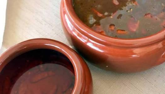 Molho de pimenta para feijoada