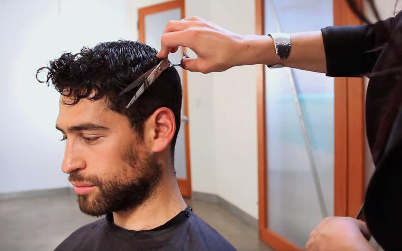Homem No Espelho - Como cuidar do cabelo masculino cacheado seco crespo