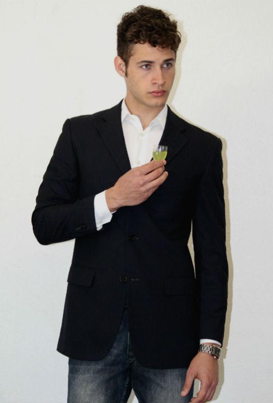 Homem No Espelho - Como dar um upgrade no seu estilo - TERNO SLIM FIT
