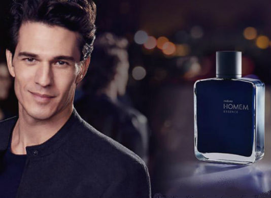 homem-no-espelho-perfume-natura-homem-essence