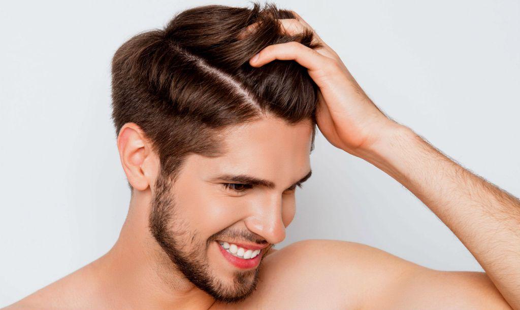 Cuidados com couro cabeludo - caspa - calvície - queda de cabelo - Homem No Espelho