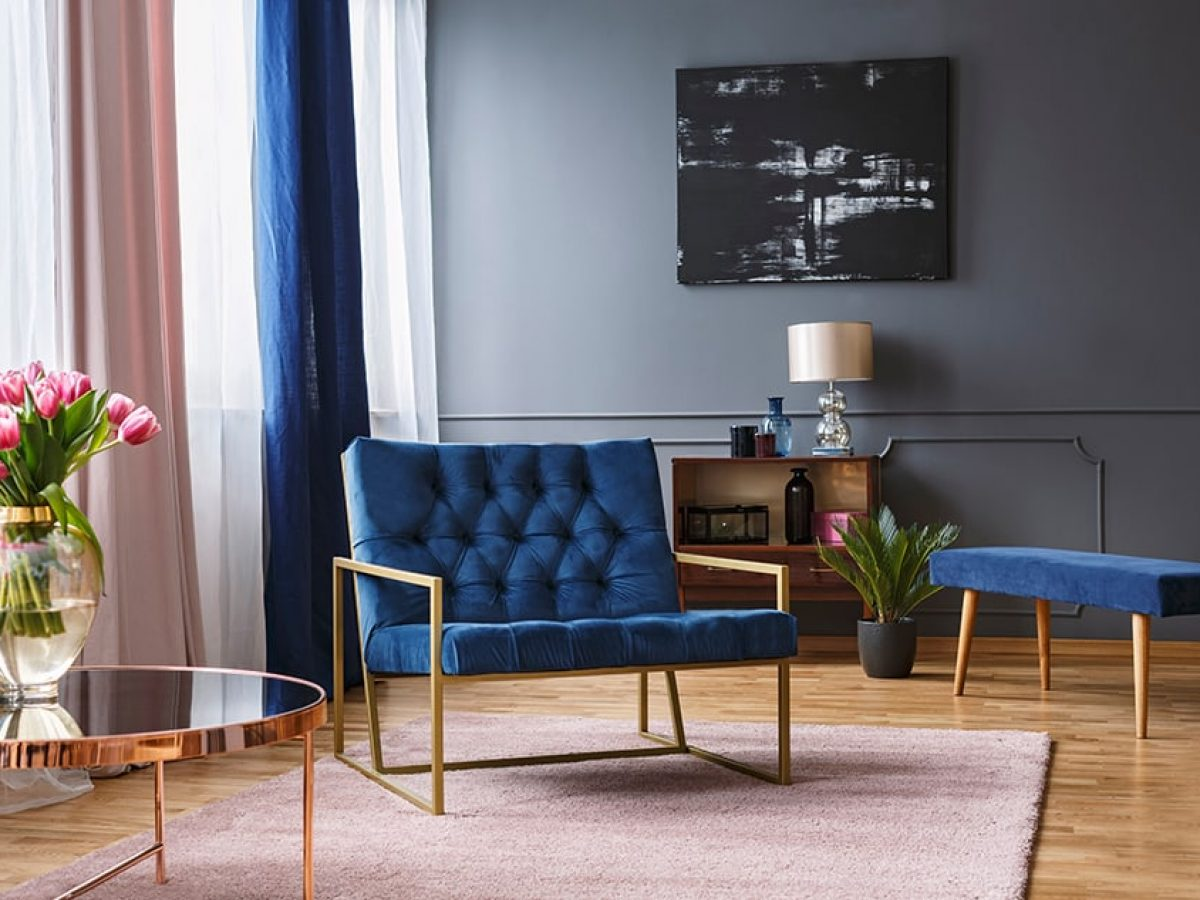 what curtains go with blue walls inc