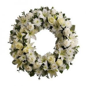 Lily and Rose Loose Wreath