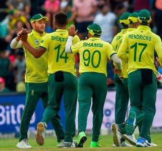 Miller and Babar light up the Stadium before South Africa clinch series