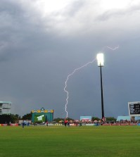 Rain Spoils Kimberly show between Knights and Warriors