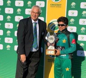 All-round Nida Dar puts Pakistan 1-0 in T20 series
