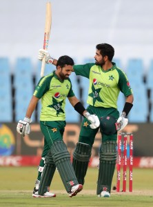 Babar and Rizwan win the game for Pakistan